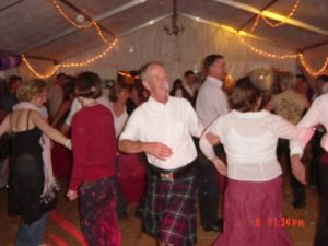 BARN and SCOTTISH CEILIDH CALLER IN MAIDENHEAD BERKSHIRE