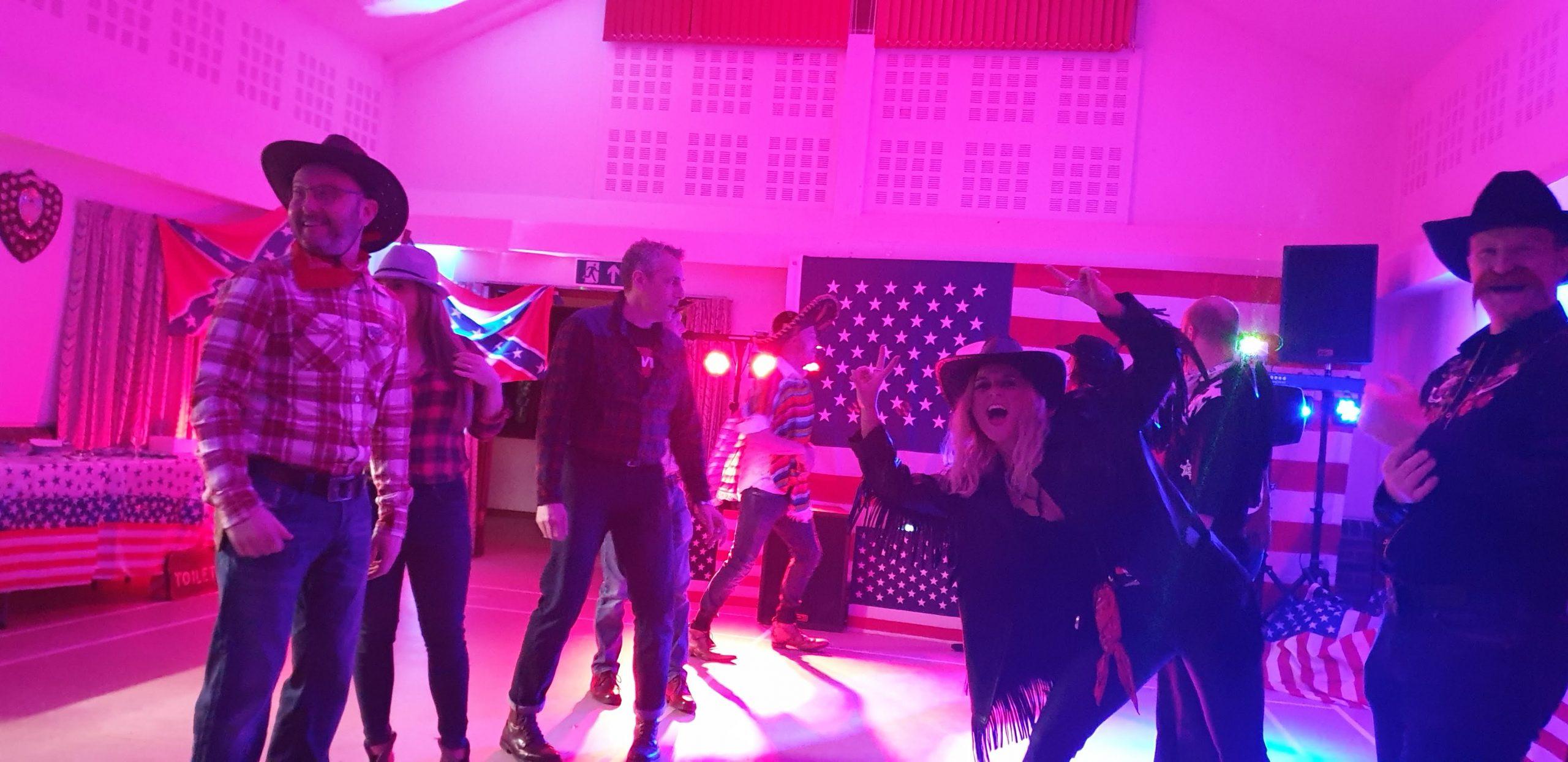 BARN DANCE CALLER IN SWINDON WILTSHIRE