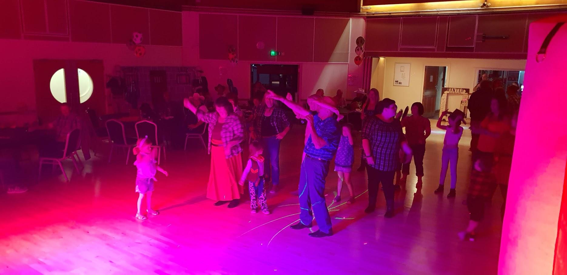 BARN DANCE CALLER HIRE IN STAFFORDSHIRE
